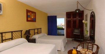 Villa Beach House Imperial Laguna Cancún Hotel
