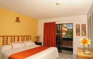 ROOM Beach House Imperial Laguna Cancún Hotel